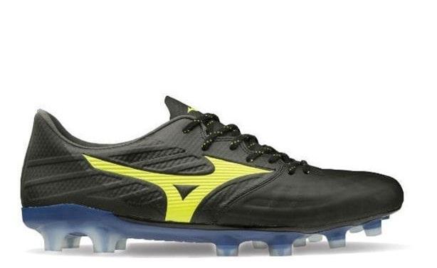 Black Mizuno Football boot